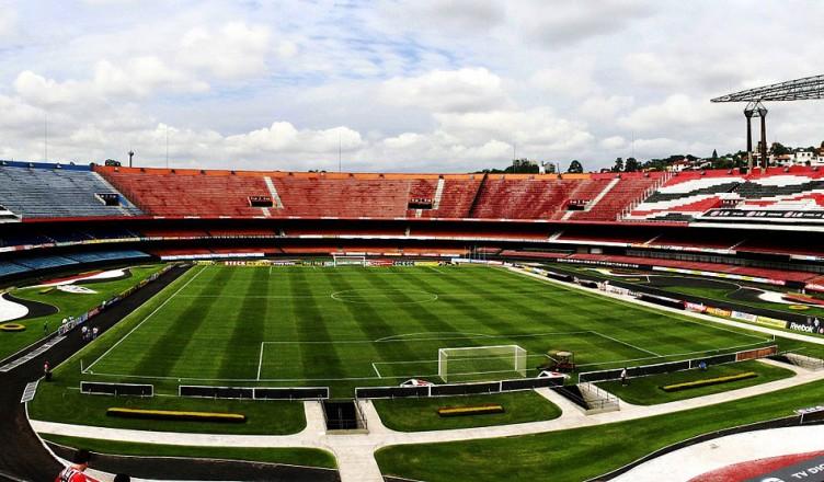 стадион «Морумби» в Сан-Паулу