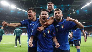 Италия вышла в финал Евро